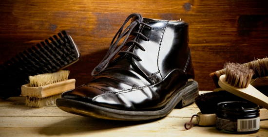 How to Shine Your Shoes (Well Polished Guide to Glossy Shoes)